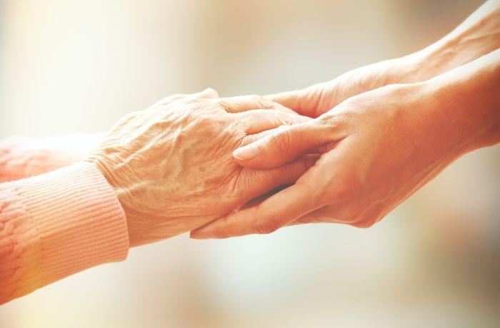 Kto sa o nás postará, keď budeme jedného dňa starí?